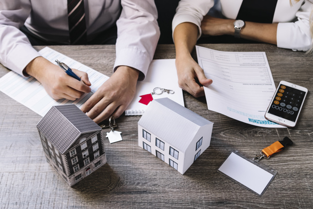 Rental Property; Pros and Cons of buying a condo or townhouse as an investment to rent out